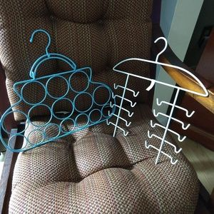Bundle of Scarf and Belts Hangers